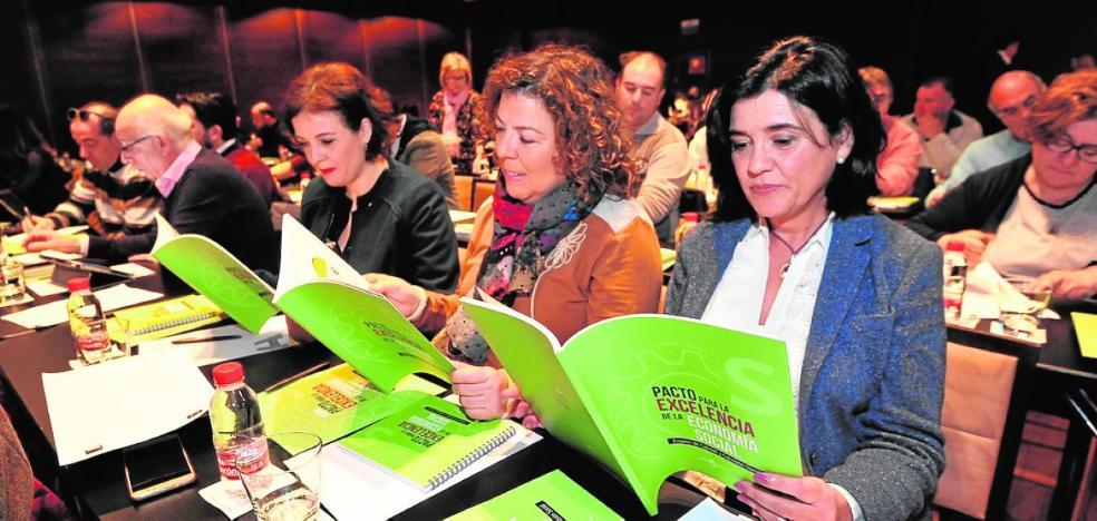 Ucomur destaca que en la Región se está creando una cooperativa al día