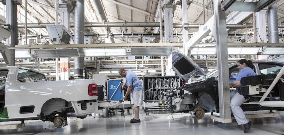 Los salarios subieron de media cuatro décimas más que la productividad