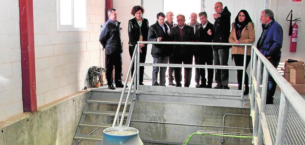 La alcaldesa de Puerto Lumbreras exige agilizar el trasvase desde el Negratín