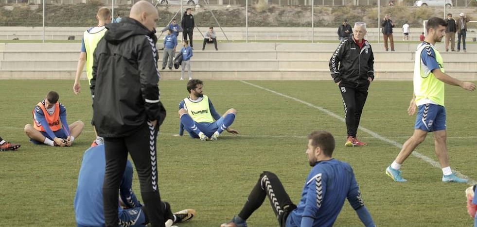 El Lorca, obligado a ganar hoy al líder, tras seis derrotas seguidas