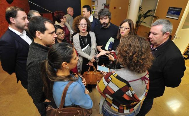 PSOE, Ahora Murcia y Cambiemos se dan un mes para presentar una moción de censura y desbancar a Ballesta