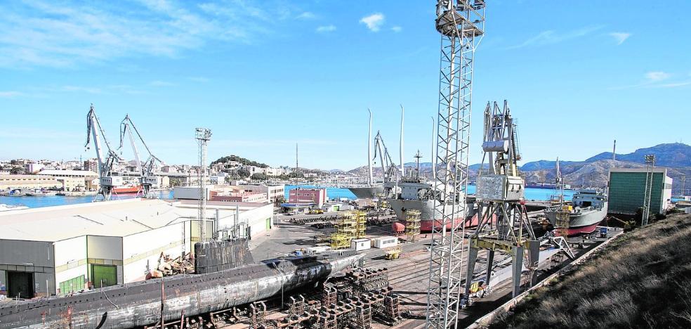 La reparación de barcos en Navantia sube un 84% por el tirón de los megayates