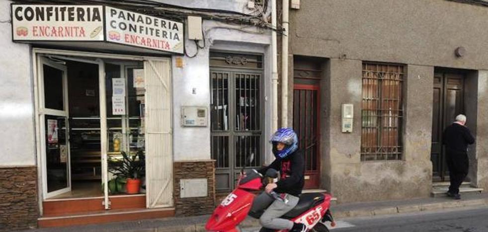 Detenido el atracador que sembró el pánico en la confitería de Algezares
