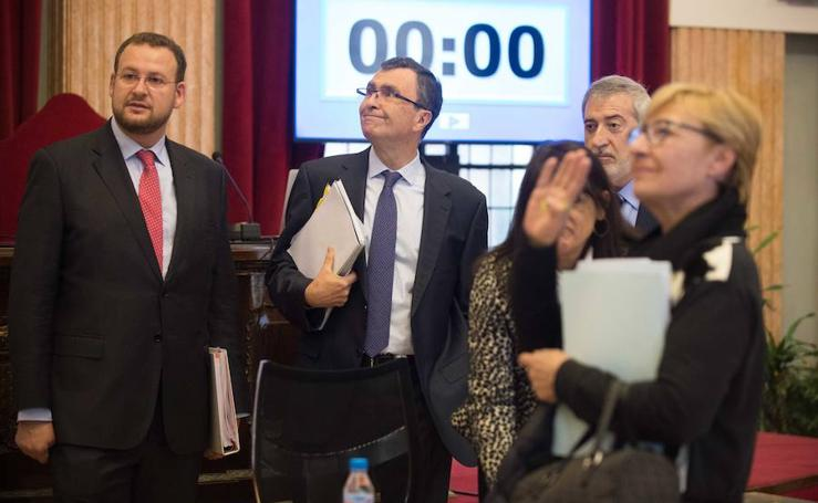 El Pleno acata la dimisión de Roque Ortiz