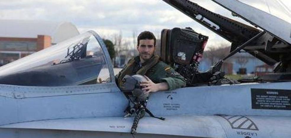 El teniente de origen murciano que se estrelló con un F-18 «voló presionado»