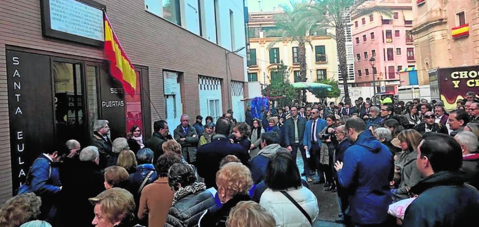 Repuesta la placa del XIX que recuerda la entrada de Jaime I a Murcia en 1266