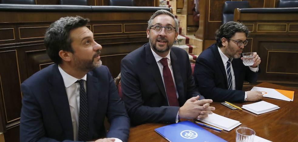 El PP reserva enmiendas para el pleno y emplaza al PSOE y a Ciudadanos a rectificar