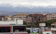 Las nevadas dejan un manto blanco en la Región y problemas en las carreteras