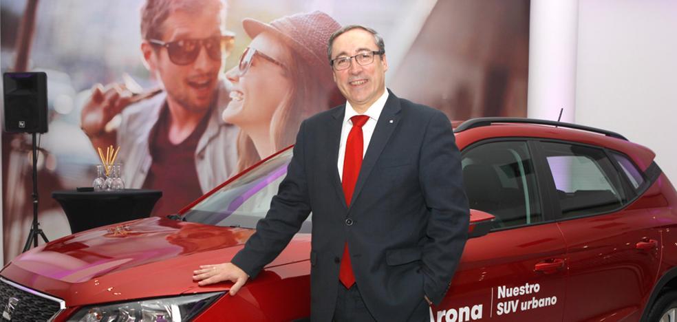 Mikel Palomera: «Seremos líderes en ventas de coches en Murcia»