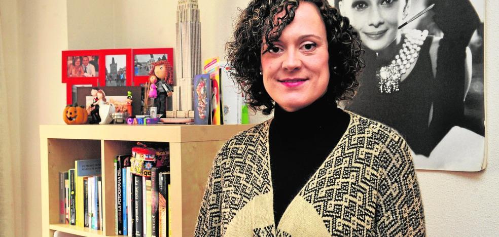 Caridad Bernal: «Si lo que escribes no te divierte, no merece la pena»