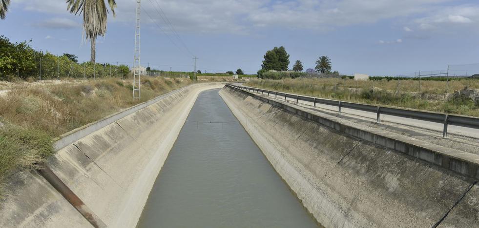 El PP propone un pacto regional del agua con trasvases y más desalación