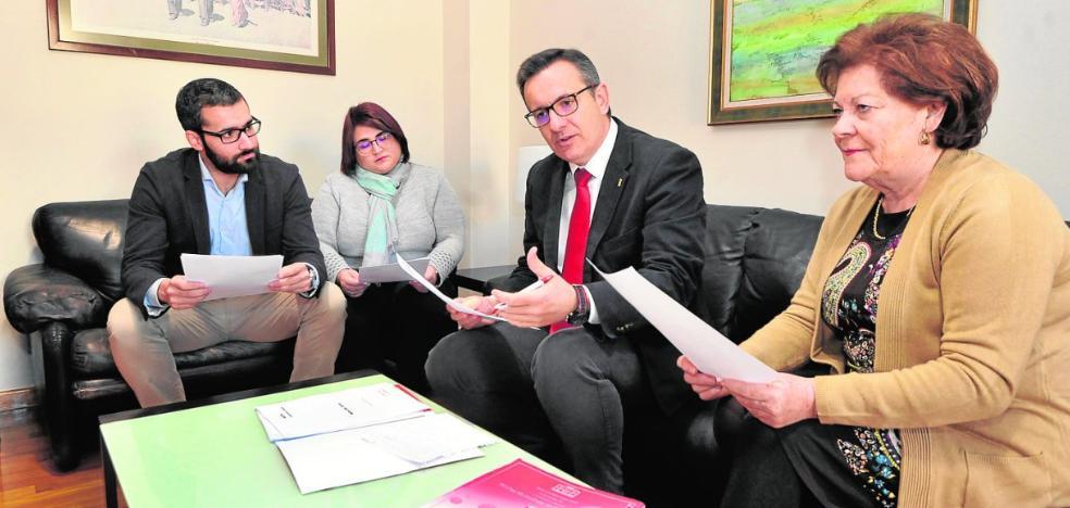 Conesa confirma que los 26 alcaldes del PSOE repetirán como candidatos en 2019
