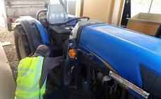 Recuperan en Jumilla un tractor robado en 2014 que competía en carreras 4x4