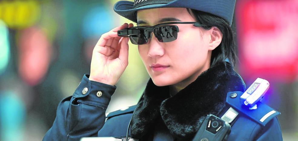 Robocop ya es real en China