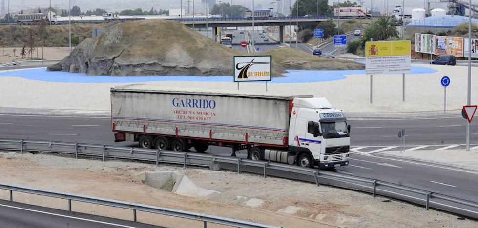 El Tribunal de la UE reduce a un camión el requisito para ser empresario del transporte