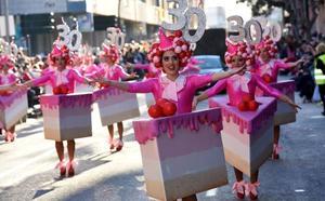 Unas 3.000 personas disfrutan del colorido del carnaval en Cabezo de Torres