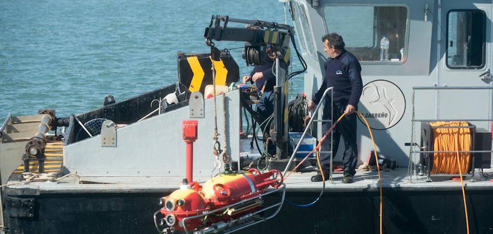 Un robot de la UPCT localiza un barco hundido en los años ochenta en el Mar Menor