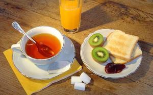 Los españoles, adultos y niños, suspenden en el desayuno