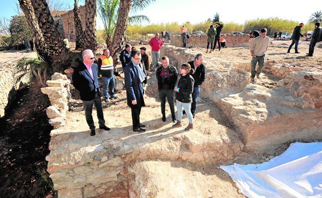 Los arqueólogos miran a la torre islámica de Zarandona tras décadas de abandono