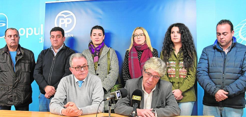 PSOE e IU se alían en busca de una mayoría para quitar la alcaldía al PP