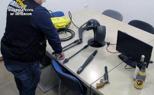 Resuelven una treintena de robos en vehículos, viviendas y comercios de Los Alcázares