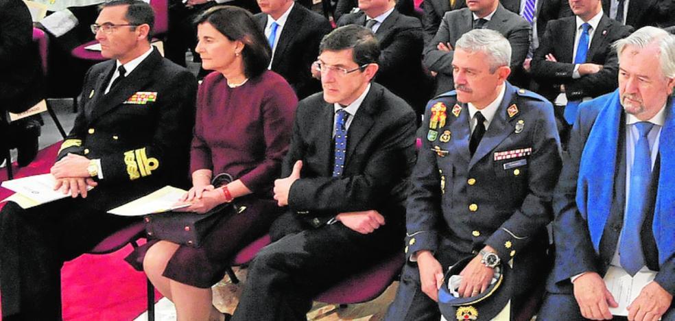Villegas subraya que el SMS cumple ahora la ley «a rajatabla»