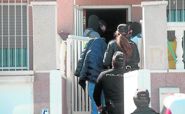 Cuatro detenidos, uno de ellos menor, en una redada antidroga