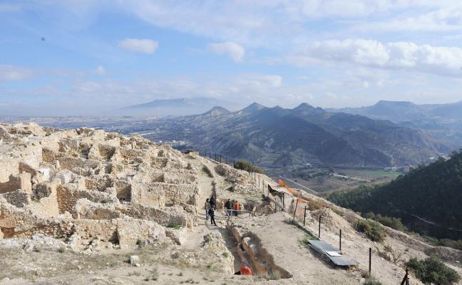 Tecnología punta para documentar doce yacimientos y monumentos de la Región