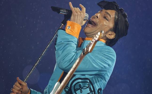 Subastan en eBay los derechos sobre la canción de Prince 'Soft and Wet'