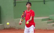 El murciano Carlos Alcaraz suma su primer punto ATP con 14 años, antes que Nadal
