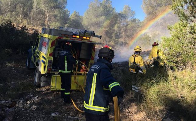 Controlado un incendio forestal en Lorca