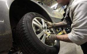 Esto es lo que pasa si llevas un neumático 'low cost' en tu coche