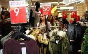 Las rebajas hacen descender los precios en Murcia un 1,2% en el mes de enero
