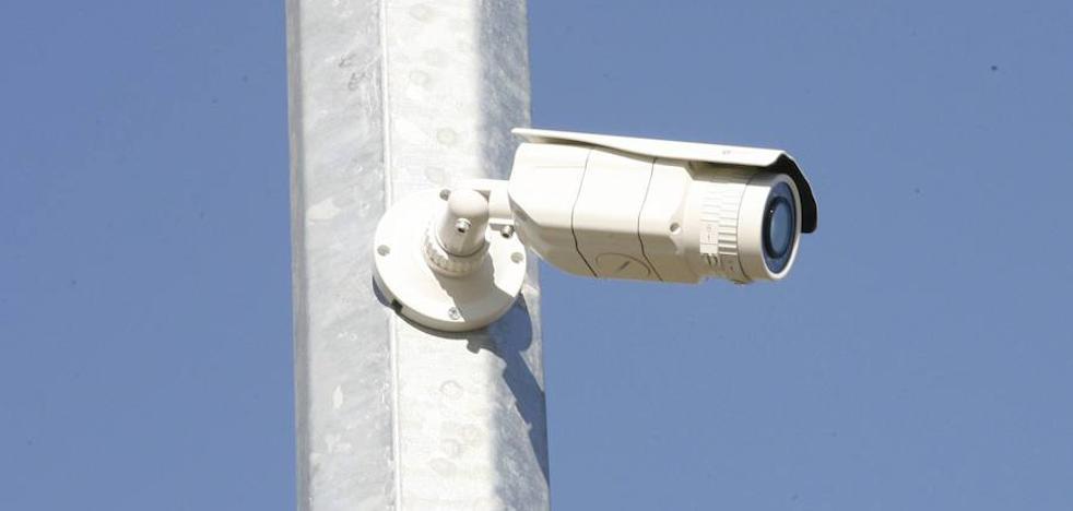 Autorizan la instalación de 15 cámaras de vigilancia en calles de El Carmen