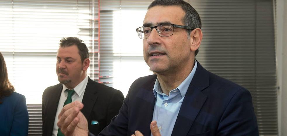 Luján: «Me da vergüenza que haya compañeros cobrando 590 euros por mis mismas horas de clase»