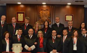 El Colegio de Abogados de Murcia homenajea a los profesionales que cumplen 25 años de ejercicio