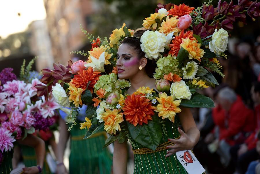 Cabezo de Torres despide los desfiles