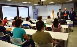 Mil jóvenes parados recibirán formación para emprender en sectores emergentes