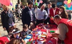 Murcia, primera región que reconoce la discapacidad a niños con cáncer desde que son diagnosticados