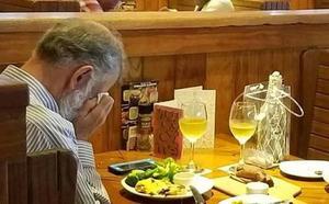 La foto más triste del día de San Valentín