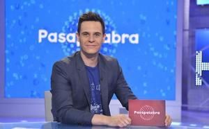 Christian Gálvez detiene el programa 'Pasapalabra' para escuchar la emotiva historia de esta concursante