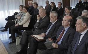 Suspenden una semana el juicio de los ERE por la enfermedad de un acusado