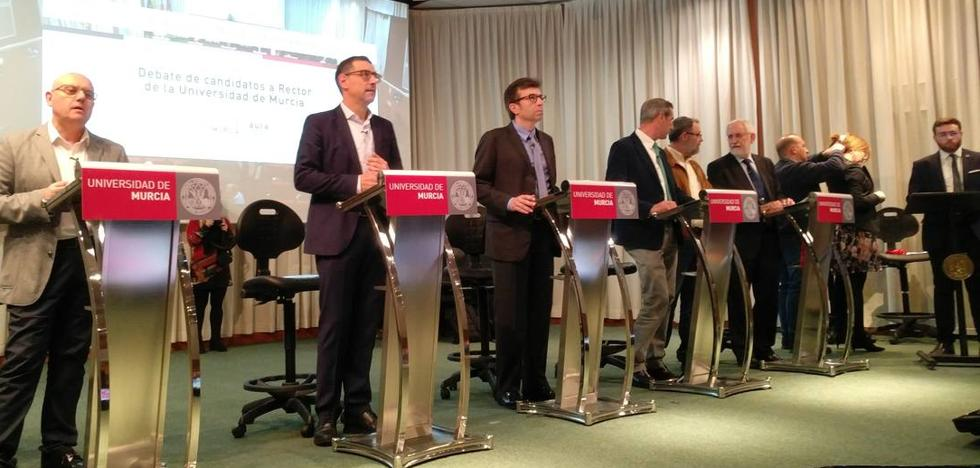 El papel social de la UMU, la financiación y la captación de talento, ejes del debate de los 'rectorables'
