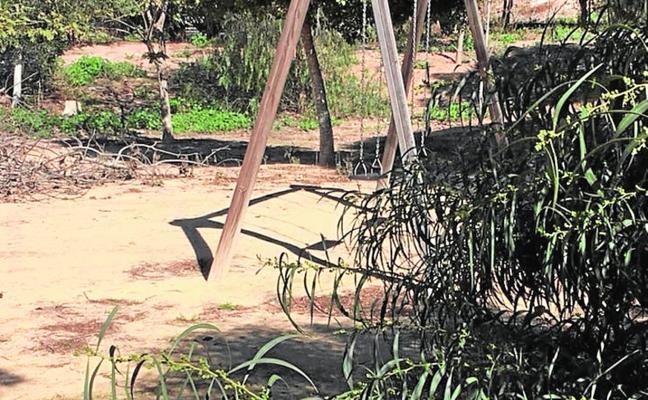 Nueva denuncia por el estado de los parques en Alumbres