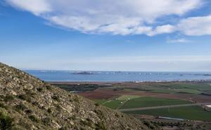 El Mar Menor mejora, pero hay que contener la entrada de agua dulce