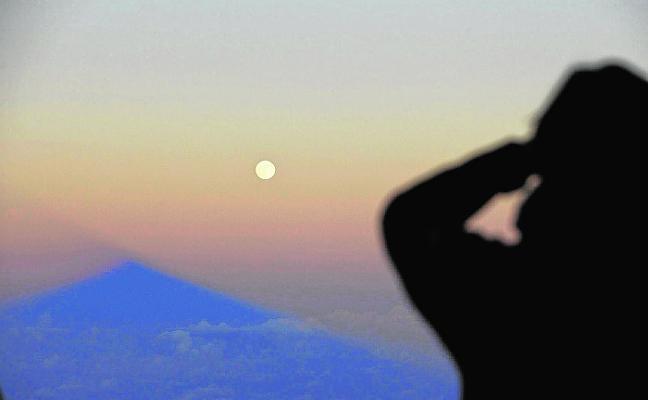 Vínculos entre luna y muerte