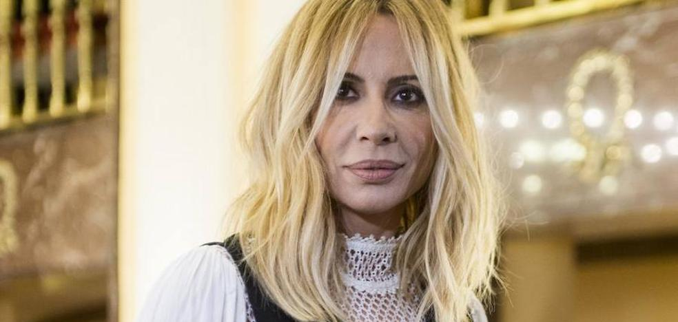 Marta Sánchez: «Si mi letra acaba siendo la del himno, me voy a la tumba tranquila»