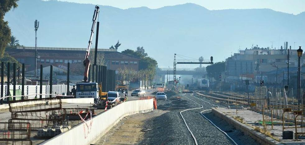 Adif confirma que la vía provisional estará en servicio al final de agosto