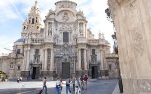 La Corporación pide que la Catedral de Murcia abra a mediodía para promocionar las visitas turísticas