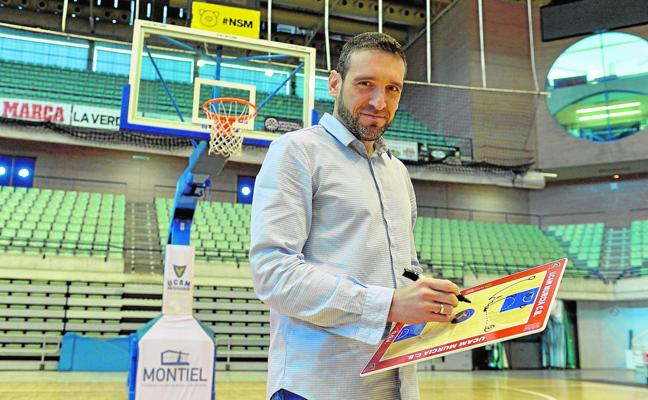 Ibon Navarro: «El crecimiento no es cuestión del entrenador, sino del club»